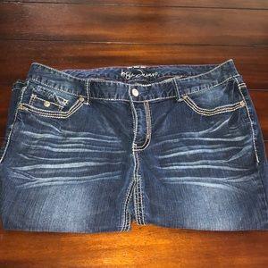 Women's size 18 jean capris